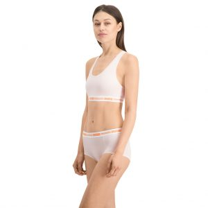 puma-shorts-and-sports-bra-white